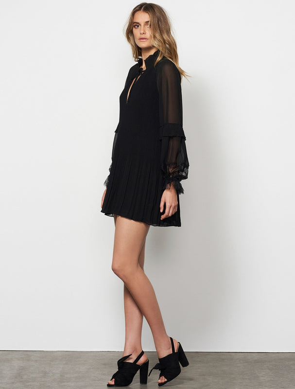 POISE PLEATED L/S DRESS