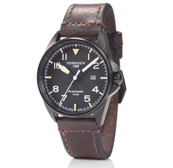T38 Black | 44mm - Vintage Leather Strap