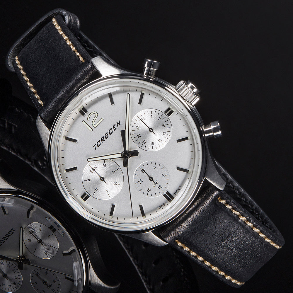 T41 White | 43mm - Black Leather Strap
