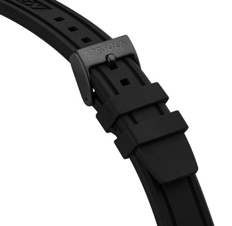 Black Silicone Strap | 22mm - Black Buckle