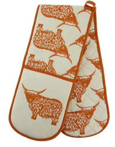 Highland Cow Design Oven Gloves