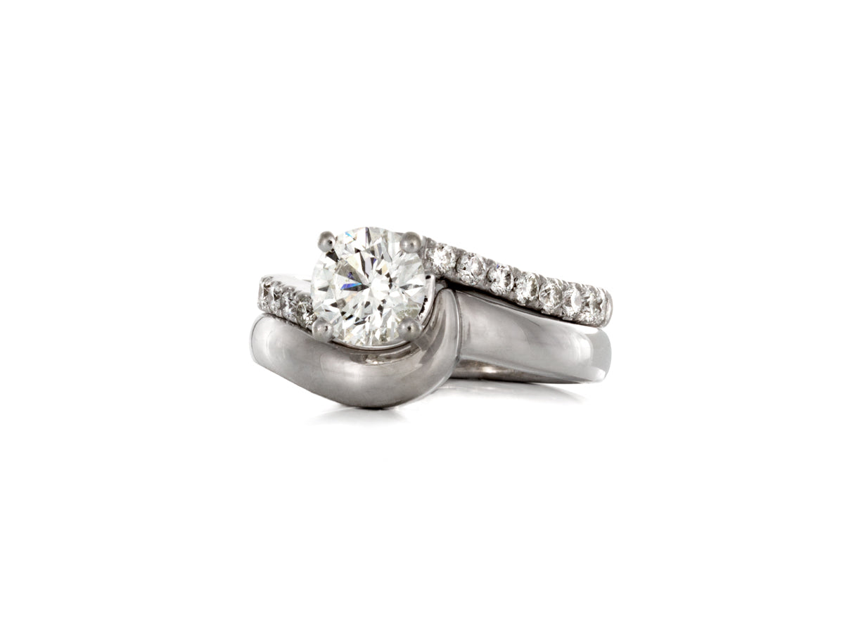 Sculptural Twist Diamond White Gold Wedding Set