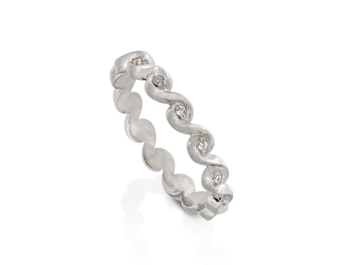 Pamela Lauz Jewellery - Rosette Medium Diamond Eternity Band