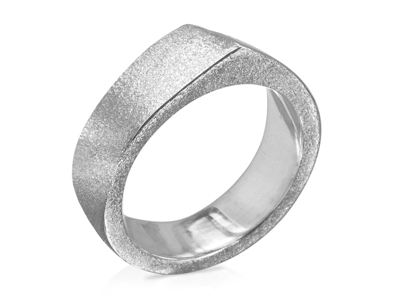 Pamela Lauz Jewellery - Edge Large Silver Ring Textured