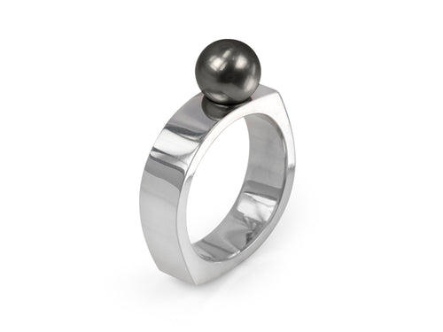 Pamela Lauz Jewellery - Kubo Black Pearl Ring