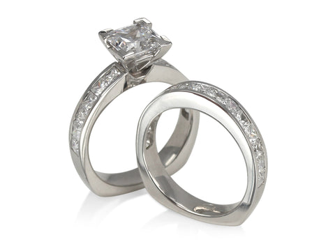 Crescent Interlocking Diamond Wedding Rings