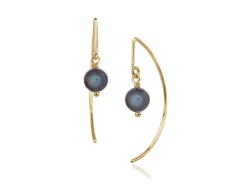 Pamela Lauz - Lantern Black Pearl Simple Dangle Earrings  - Gold