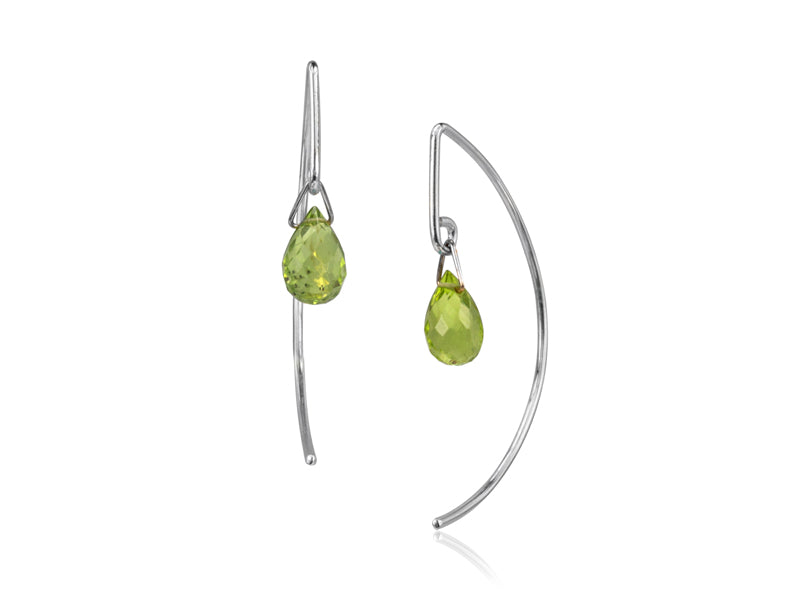 Pamela Lauz - Lantern Simple Peridot Dangle Earrings  - Silver