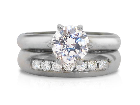 Interlaced Diamond Three-stone Wedding Rings