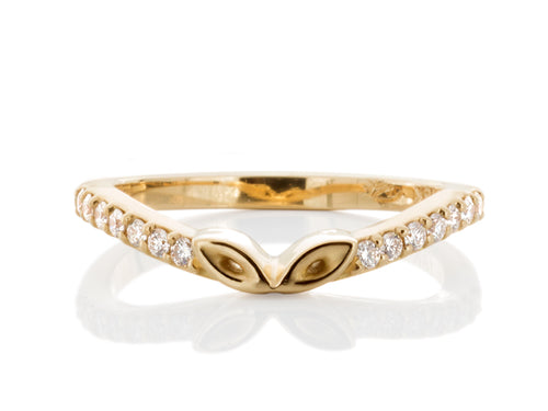 Pamela Lauz Jewellery - Converging Leaves Gold Diamond Band