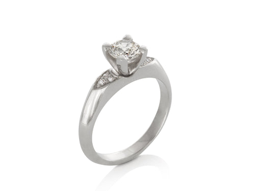 Pamela Lauz Jewellery - Round Brilliant Diamond Engagement Ring