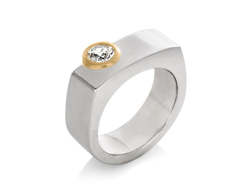 Pamela Lauz Jewellery - Surface Engagement Ring and Wedding Band