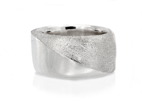 Facets 'The Slice' Men's Ring