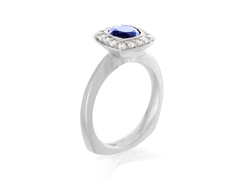Pamela Lauz Jewellery - Sculptural Sapphire And Diamond Halo Ring