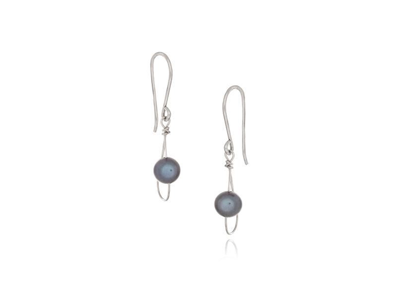 Pamela Lauz Jewellery - Rain Black Pearl Single Earrings