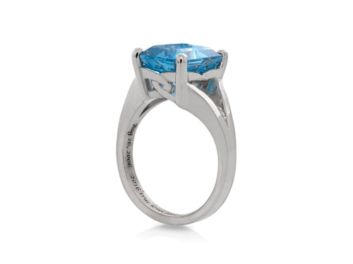 Pamela Lauz Jewellery - Blue Topaz and Diamonds Cocktail Ring