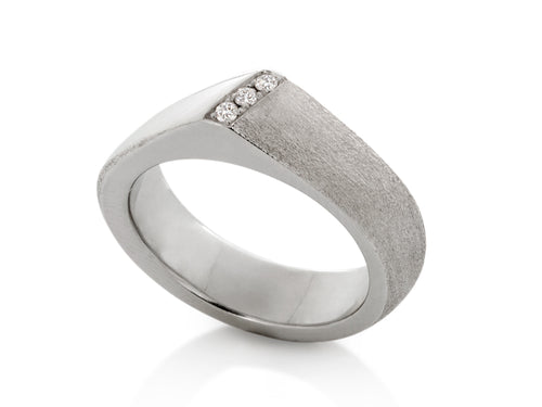 Pamela Lauz Jewellery - Solstice Three Diamond Wedding Band