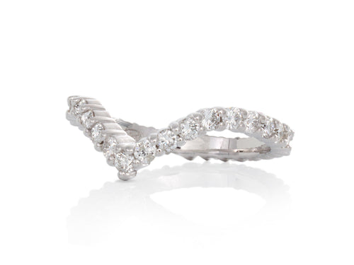 Pamela Lauz Jewellery - V-shaped Diamond Eternity Band