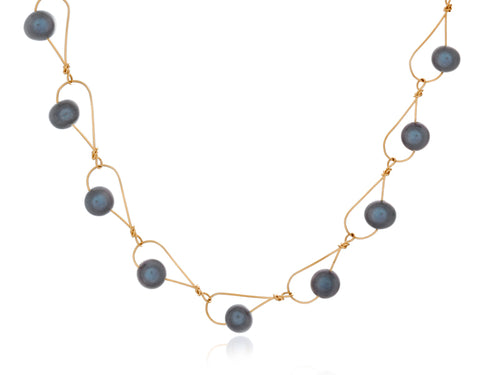Pamela Lauz - Rain Black Pearl Dainty Necklace Gold