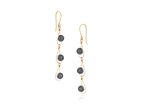 Pamela Lauz - Rain Black Pearl Dainty Trio Earrings Gold