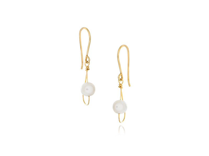 Pamela Lauz - Rain White Pearl Dainty Single Earrings Gold