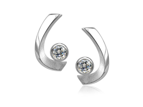 Lasso Small Silver Love Knot Stud Earrings