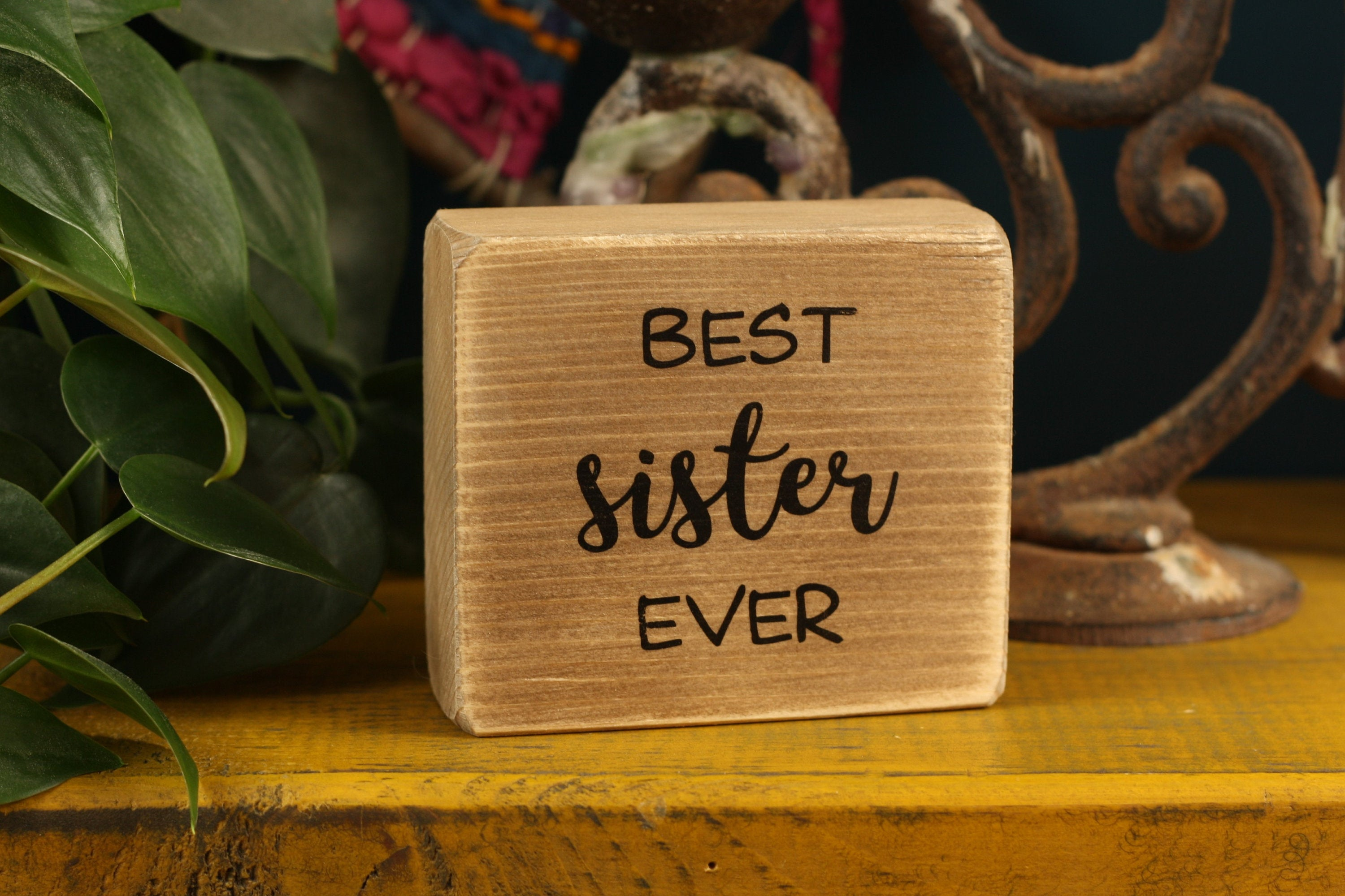 Small Wooden Sign - Best sister ever