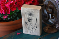 Vintage daisy image wooden decor block