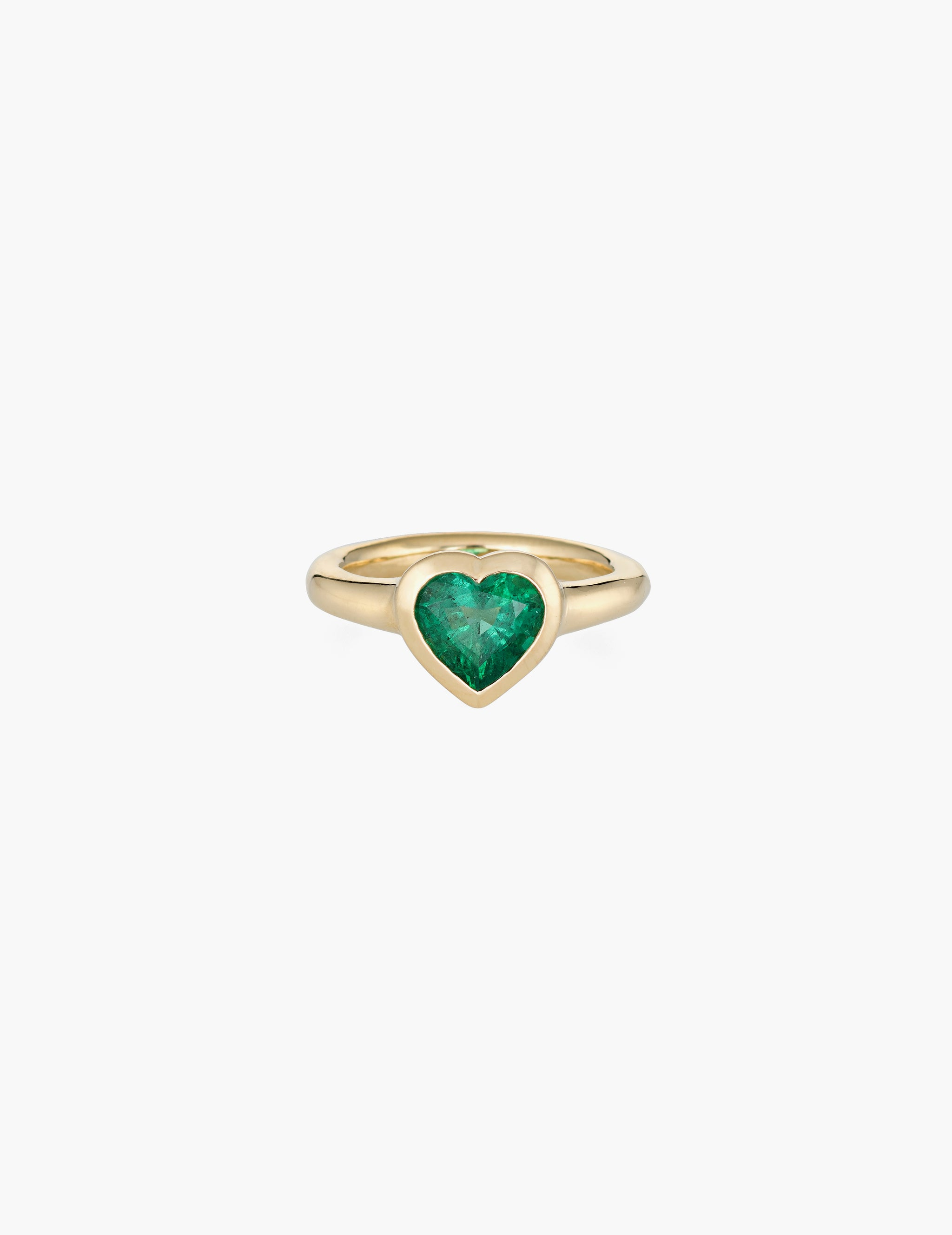 Large emerald heart ring