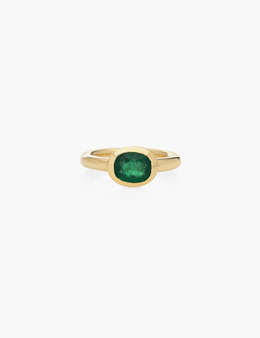 18k Emerald Finger Ring