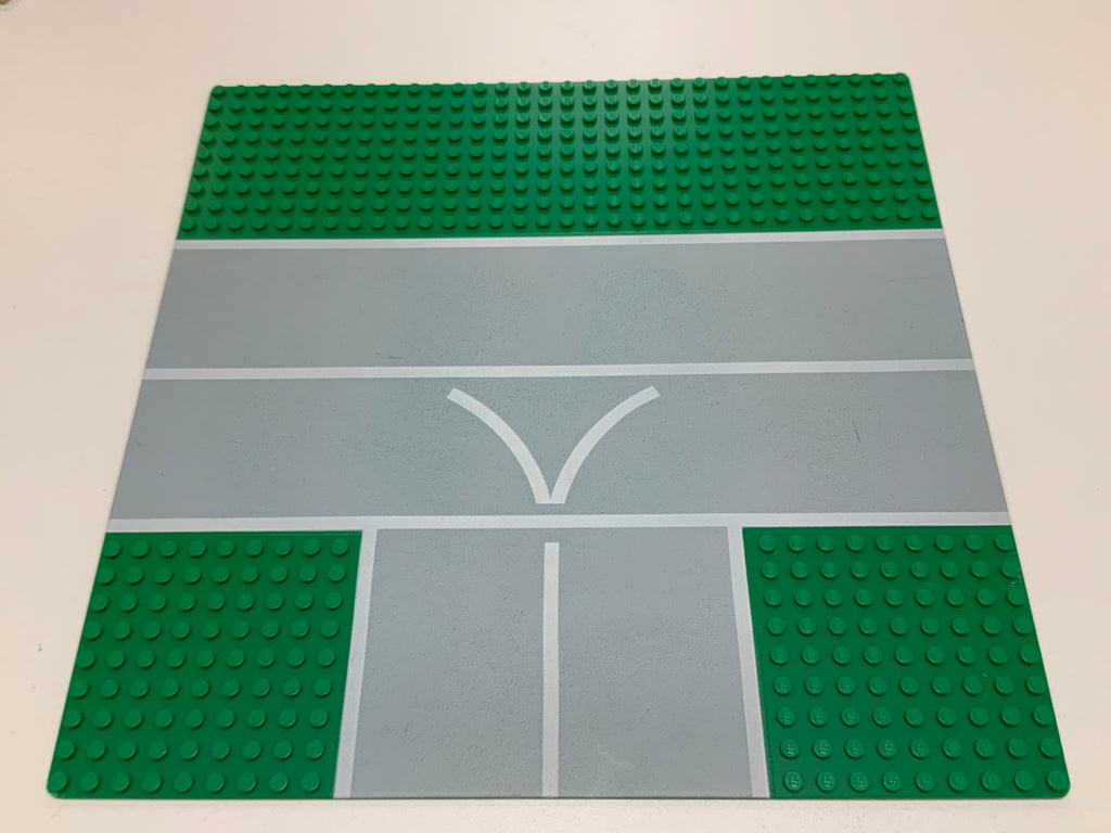32x32 Lego(R) Road Baseplate 608px1