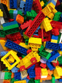 Random bulk Duplo LEGO(R) pieces: Sold by the pound.