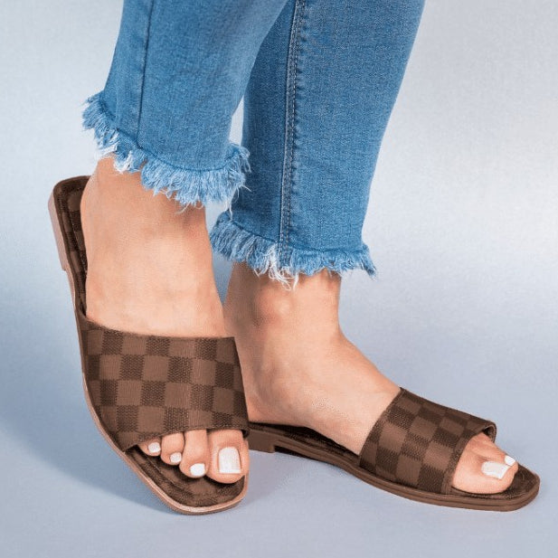 Macarena Slide in Brown