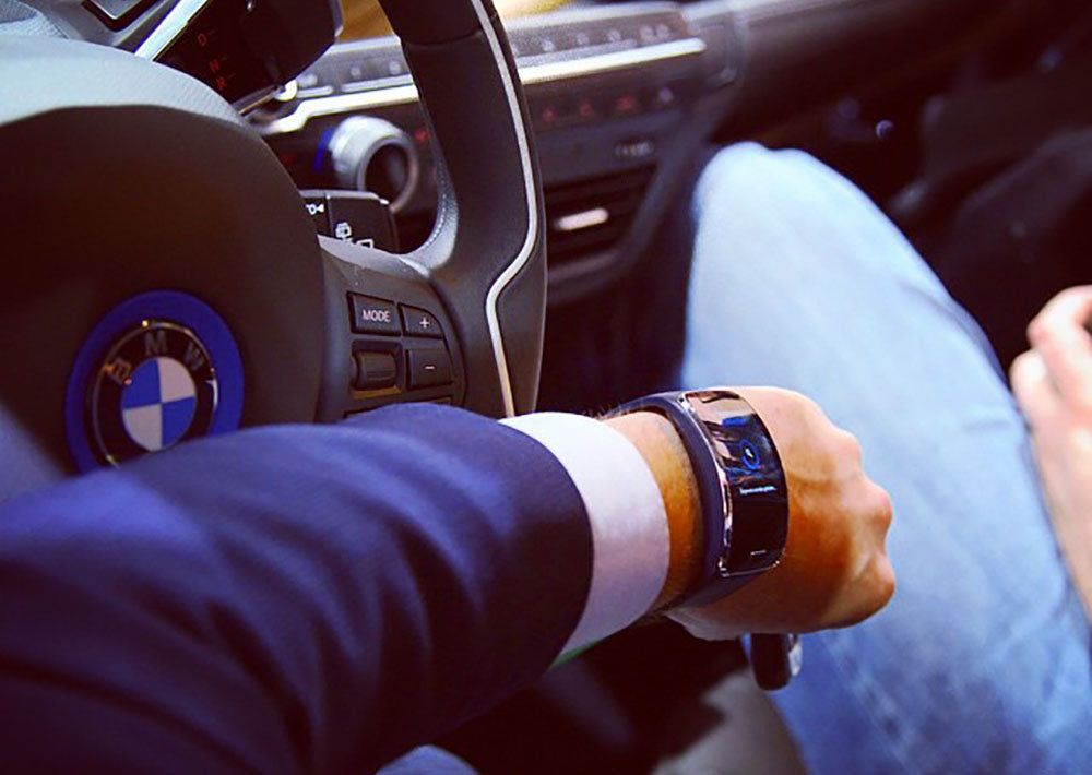 There's a new distraction in my car (and it's on my wrist!)