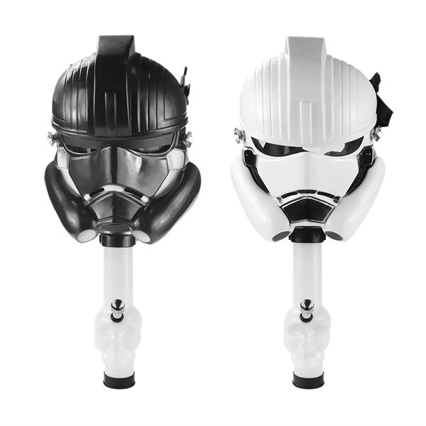 STORM TROOPER / STARWAR  GAS MASK W/ SKULL WATER PIPE