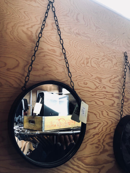 Brooklyn Mirror With Chain