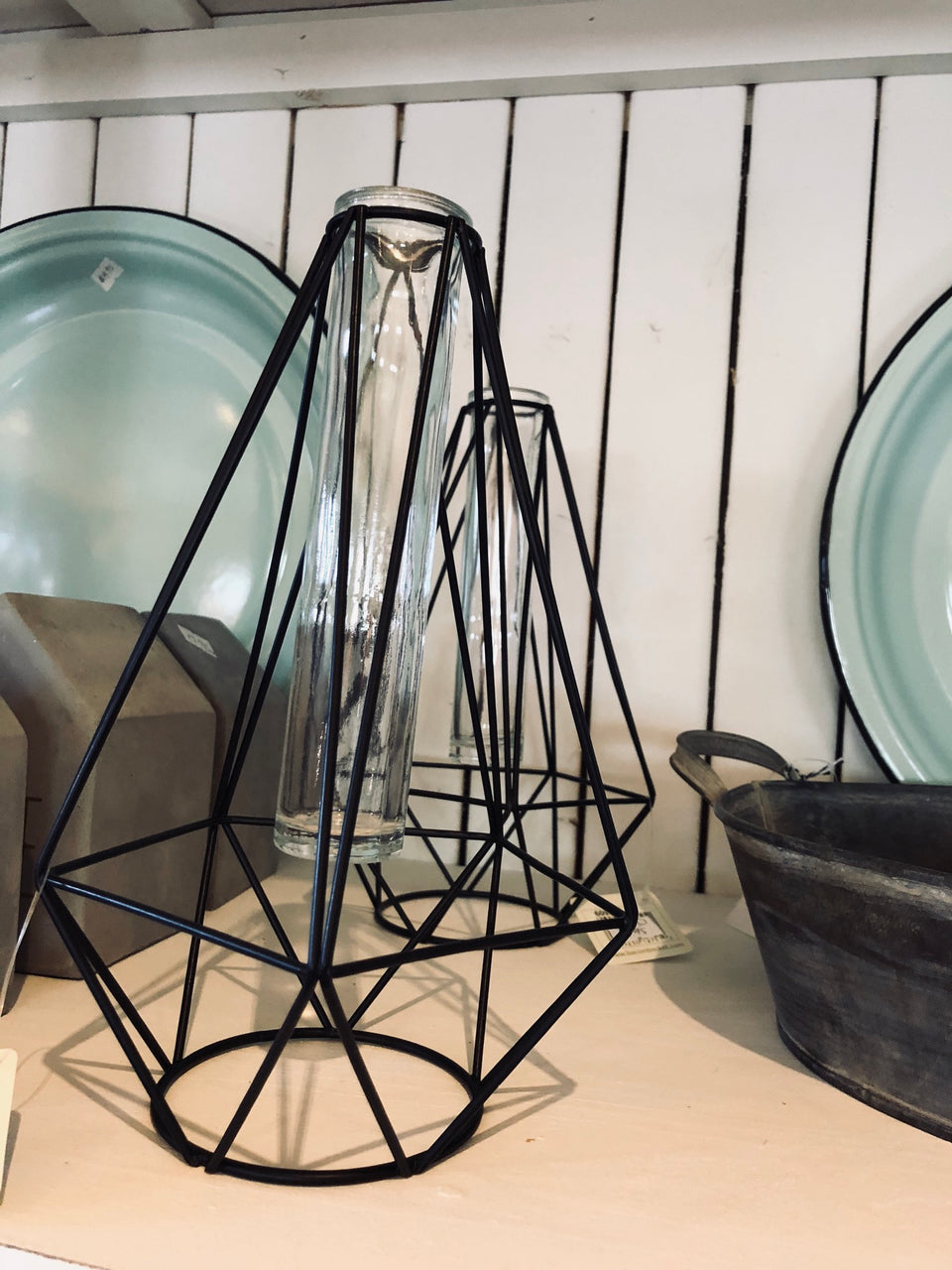 Ella Geometric Wire/Tube Vase