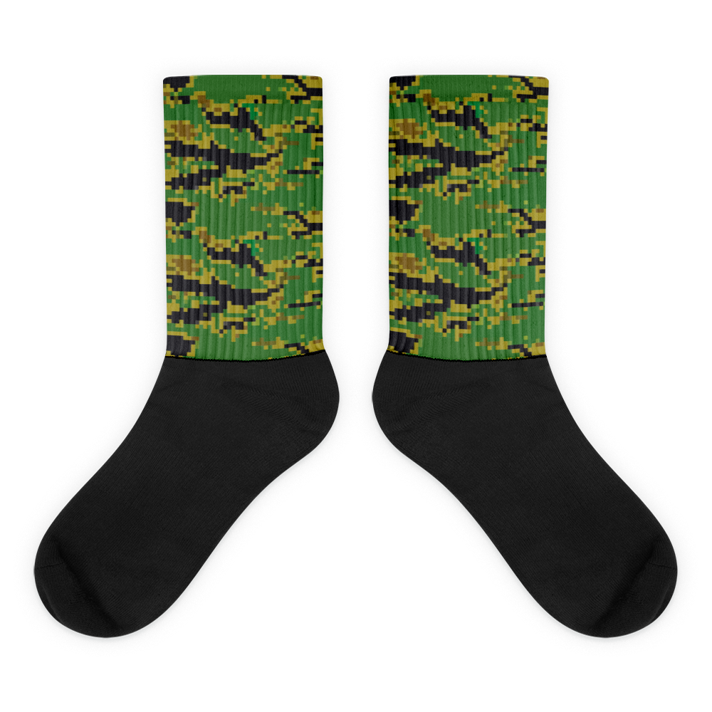 """ Tiger Attack - Green "" Graphic Sock"