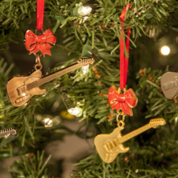 10 Christmas Gift Ideas for the Guitar Lover in Your Life