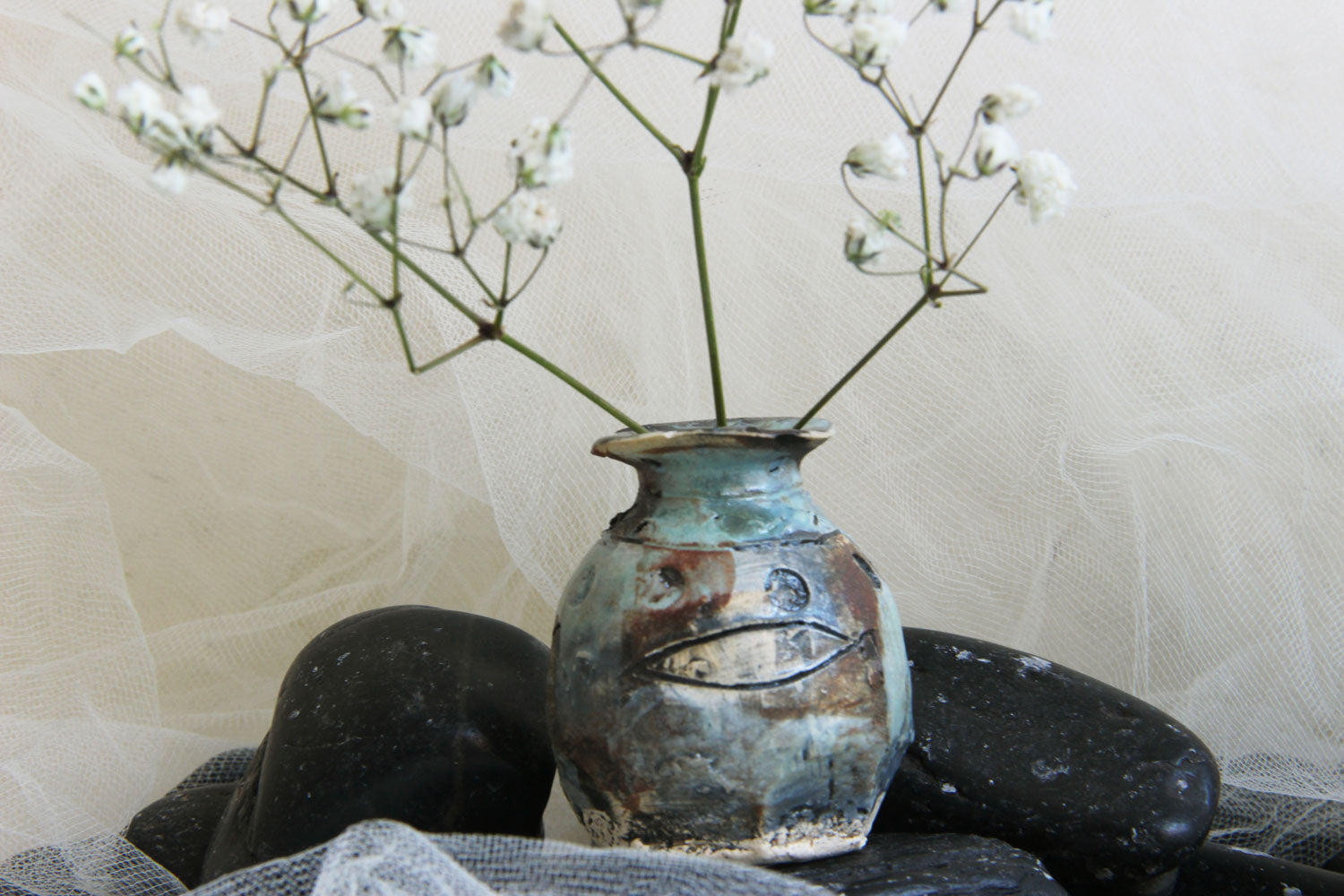 striking-unique-carved-original-handmade-stoneware-pottery-bud-vase