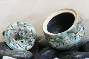 unique-timeworn-looking-original-carved-stoneware-handmade-ceramic-trinket-jar-gift-box