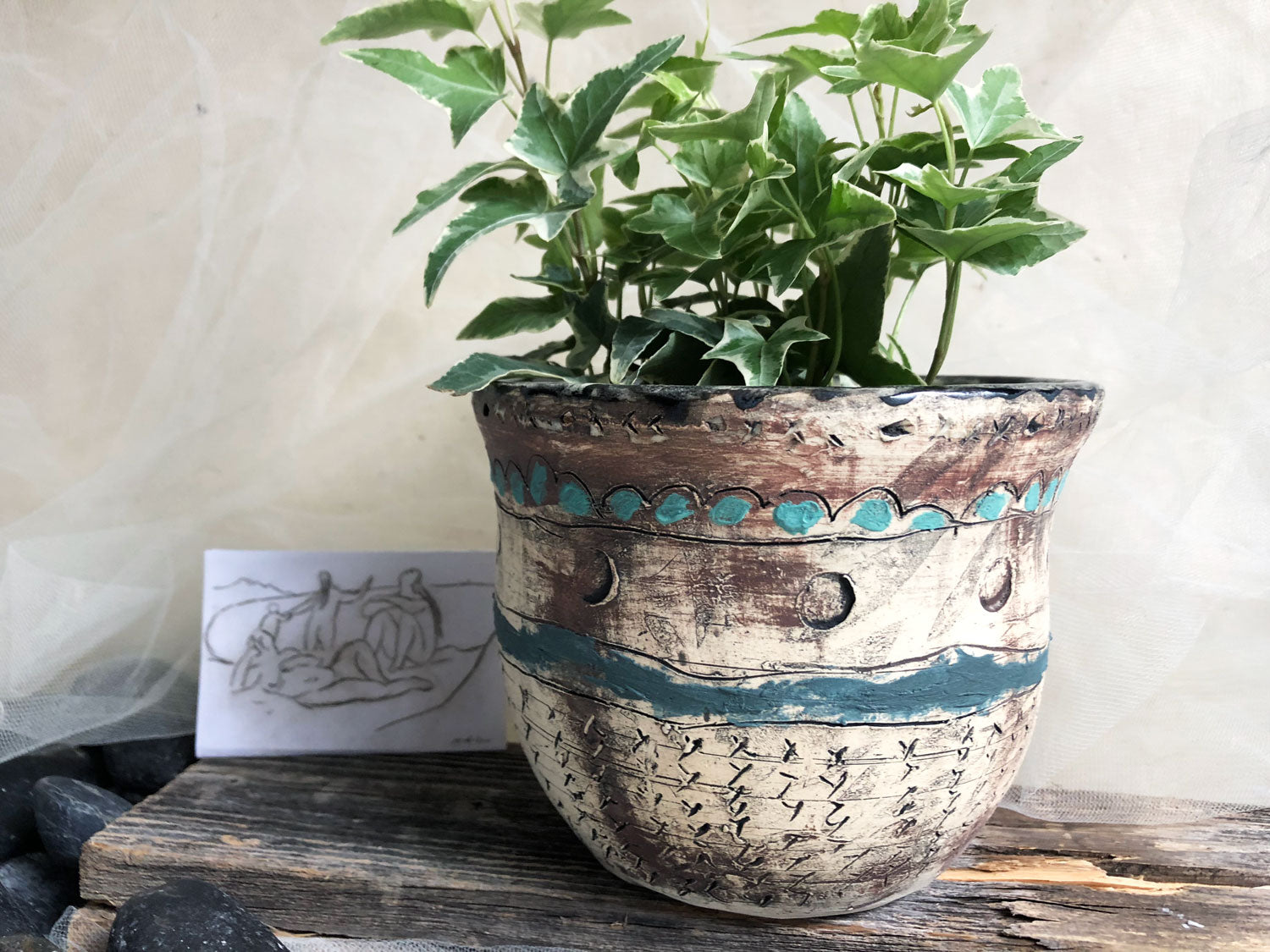 unique-handmade-stoneware-pottery-flower-pot