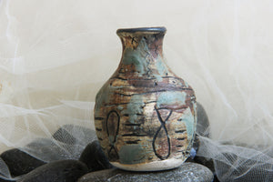 striking-unique-carved-handmade-stoneware-pottery-bud-vase