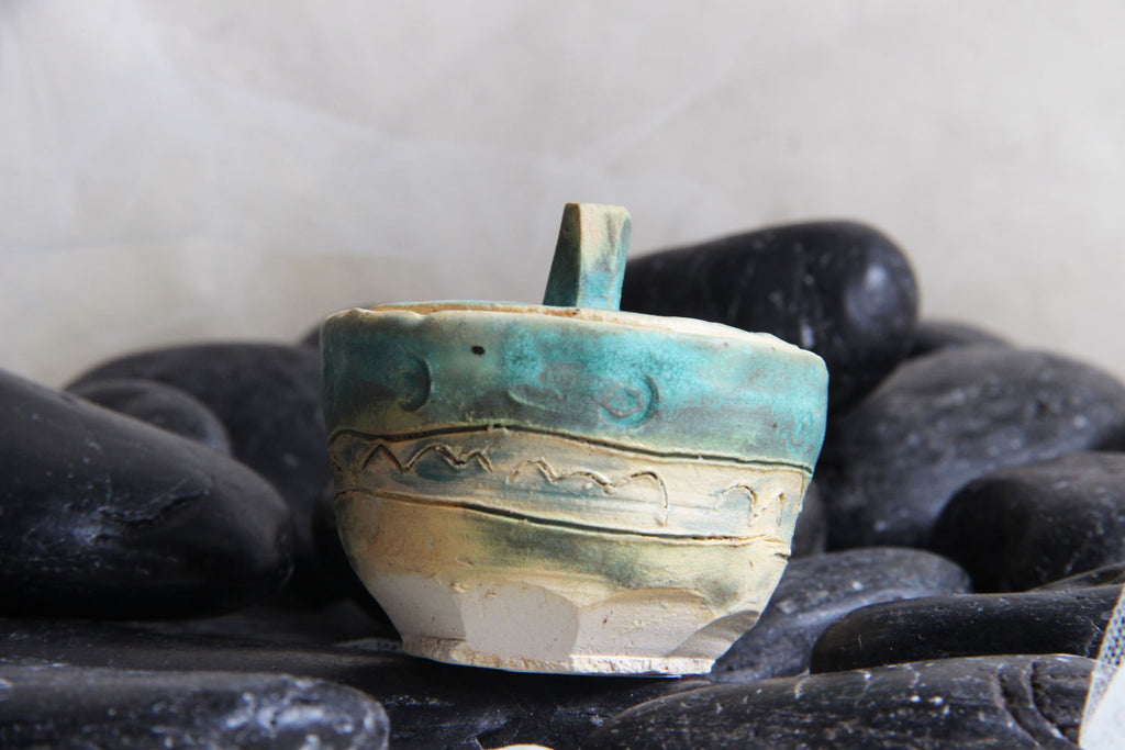 tiny-exquisite-carved-original-unique-handmade-stoneware-pottery-trinket-jar-gift-box