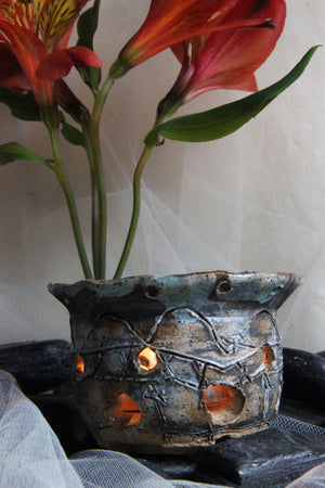 gorgeous-unique-carved-handmade-ceramic-tealight-candle-holder
