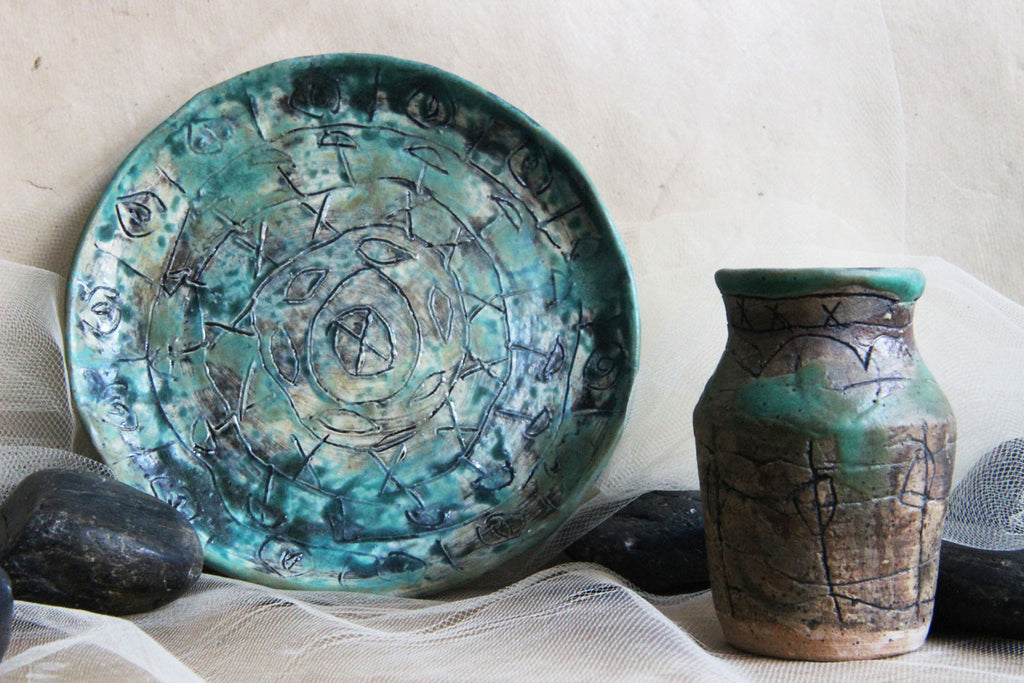 Unique-handmade-stoneware-ceramic-trinket-plate-bud-vase-Artifact-Combo-Set