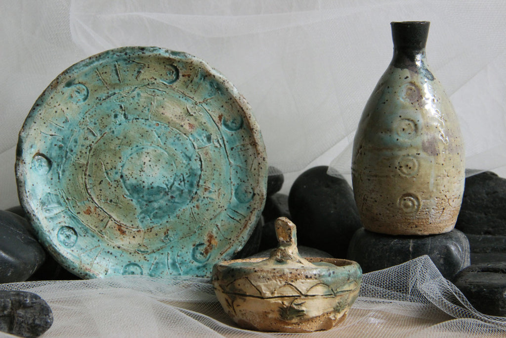 unique-handmade-ceramic-trinket-dish-jar-bud-vase-artifact-combo-set