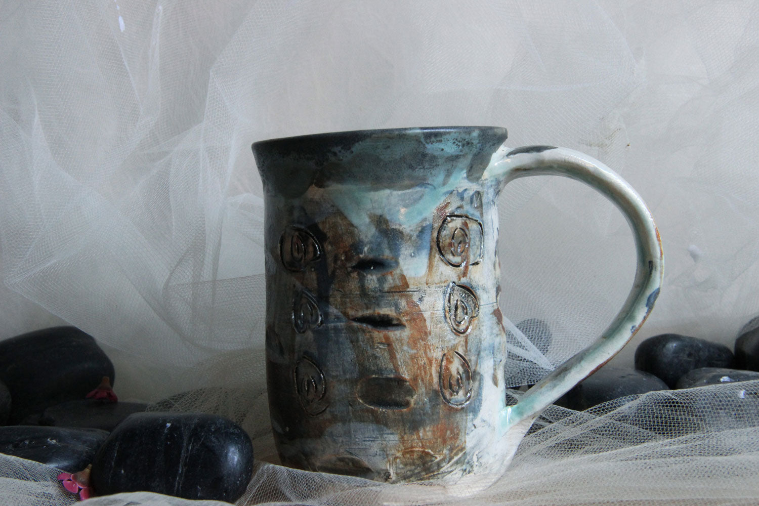 Lovely-one-of-a-kind-carved-handmade-stoneware-ceramic-mug