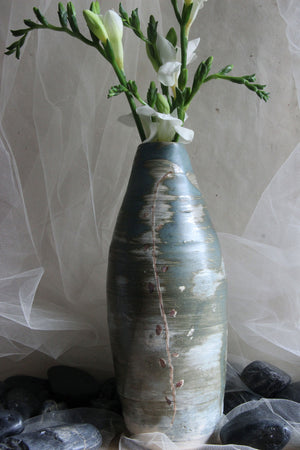 distinctive-painted-handmade-stoneware-ceramic-vase
