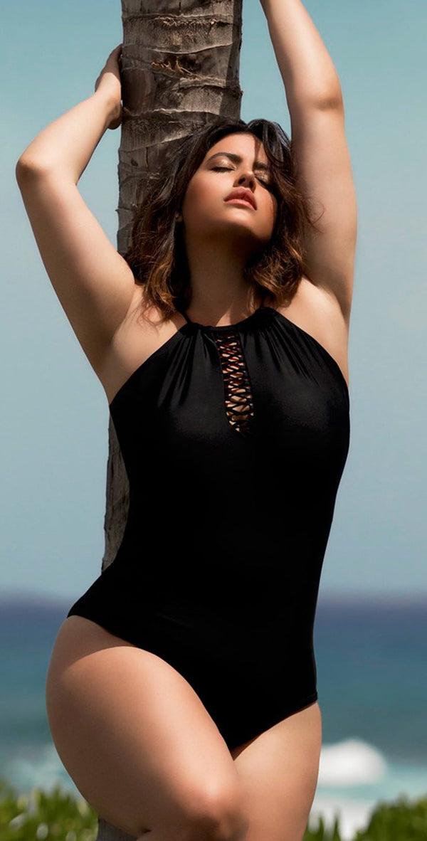 Raisins Curve Ola One Piece Swimsuit in Black Y840085-BLK
